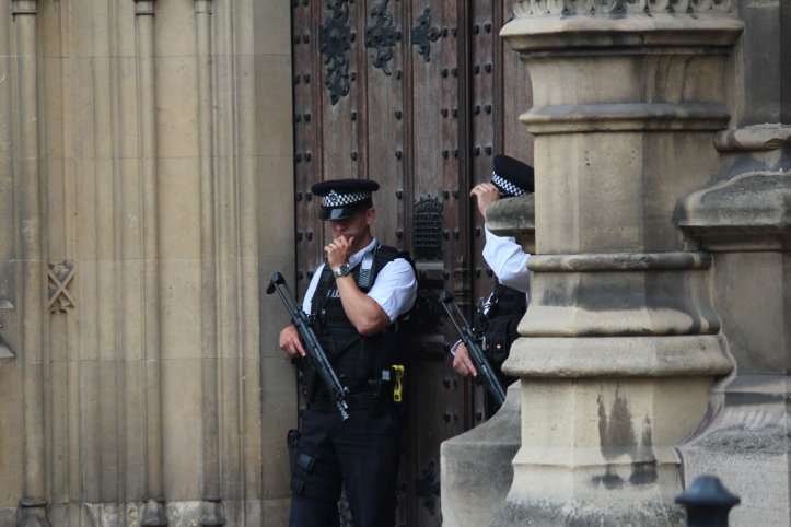 Police_at_Palace_of_Westminster